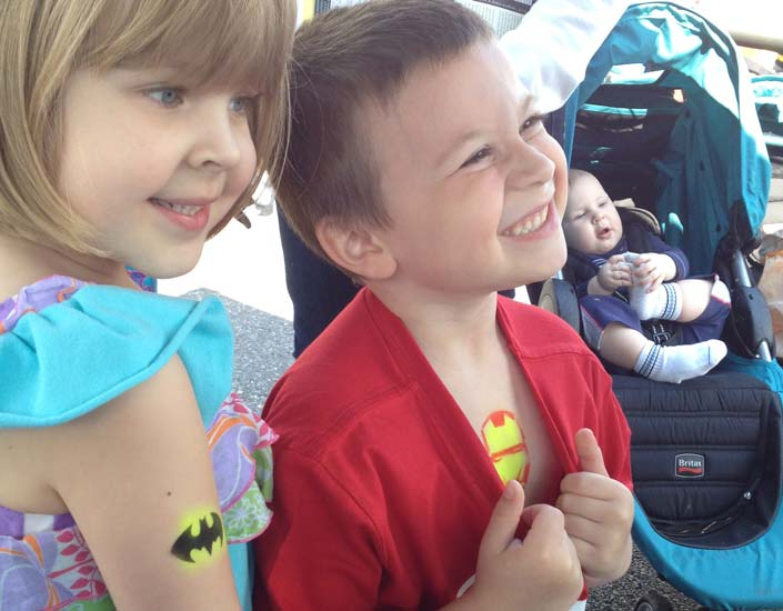 Big Grins Face Painter Super Hero